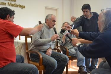 Popovich brindó una conferencia de prensa