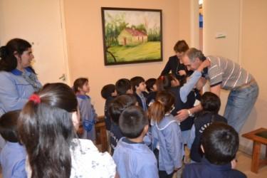 Popovich recibió a alumnos del Jardín 905