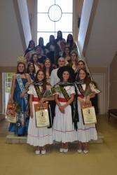Popovich recibió a las reinas y asistió al desfile