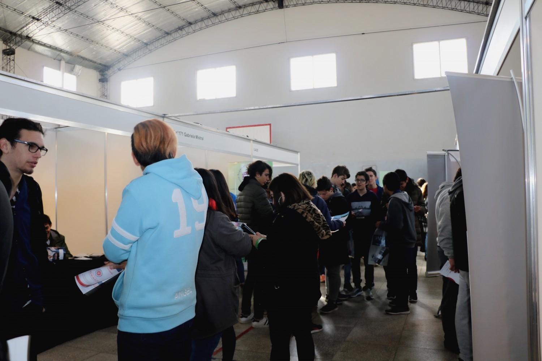 Inició la expo educativa con excelente concurrencia de jóvenes y variedad de propuestas académicas