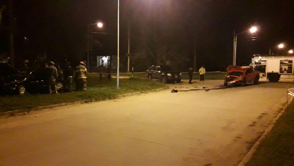 Choque deja tres heridos en Sarmiento y Caseros