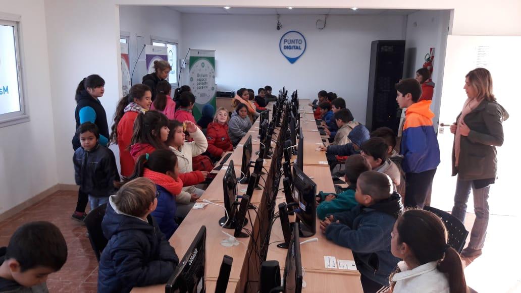 Alumnos del CEC 801 visitaron las instalaciones del Centro Integrador