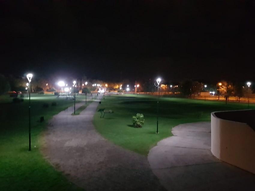 Instalaron nueva luminaria en el Paseo del Bicentenario
