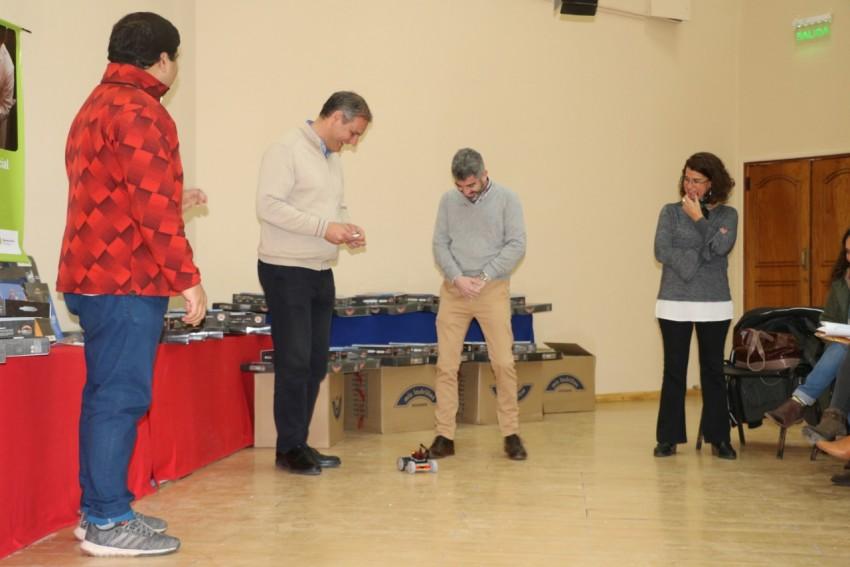 Madariaga recibió 91 kits de robótica educativa