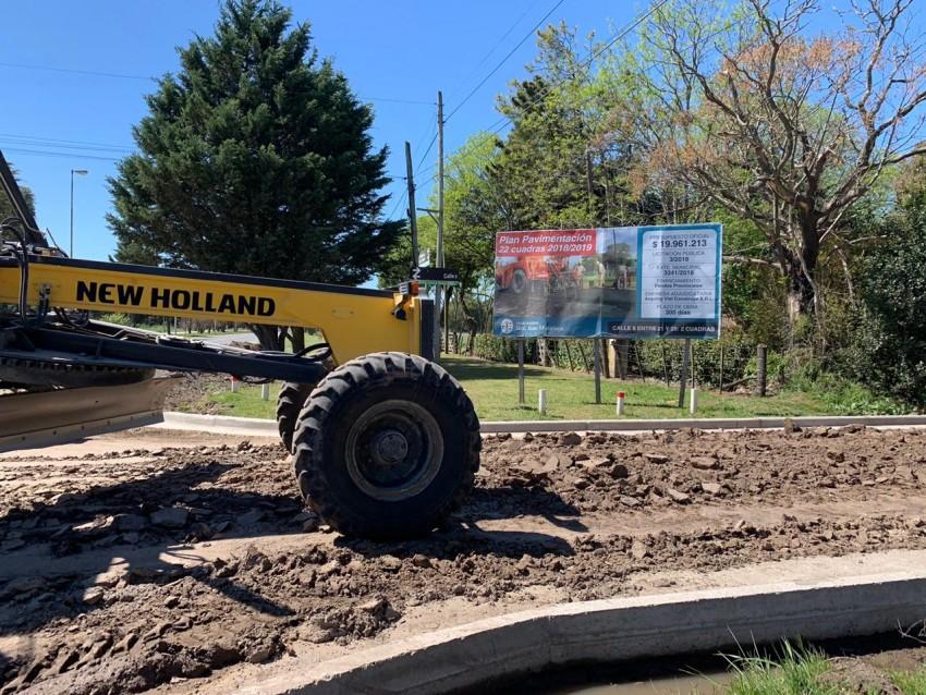 Continúan los trabajos de preparación de suelo para asfaltar nuevas cu