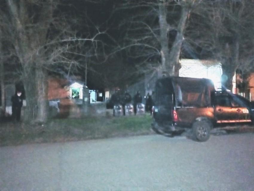 Allanamientos en Madariaga y Ostende por un robo en la localidad vecin