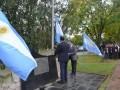 8. acto_malvinas_madariaga_08_bandera_esteban_santoro.jpg