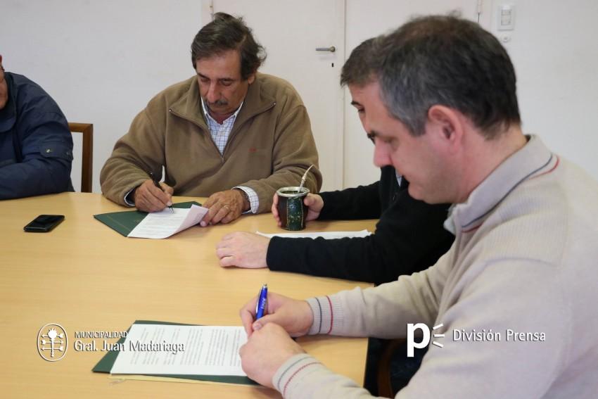 Firma de convenios con COEMA para extender el alumbrado público