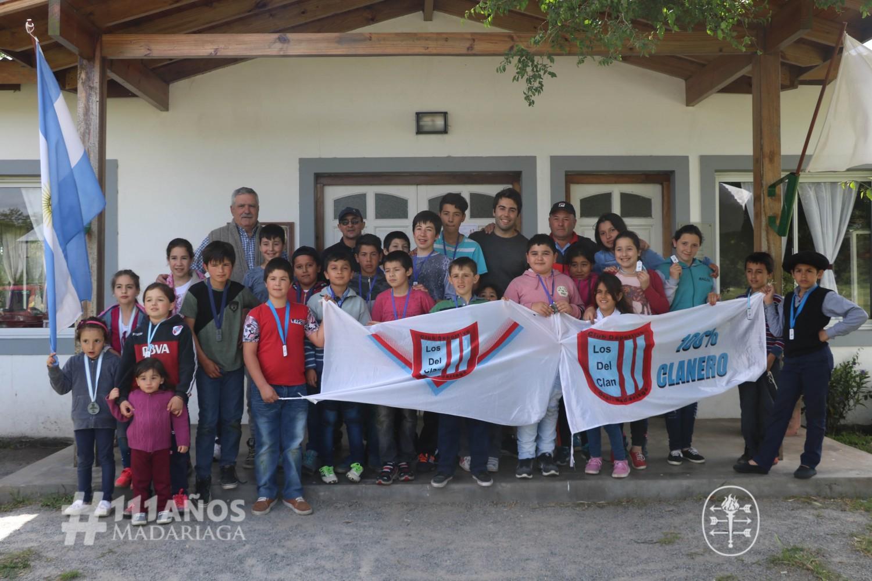 Los chicos de Macedo festejaron el cierre anual de la Escuelita de fútbol