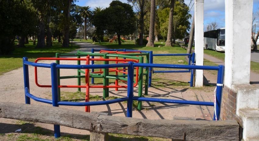Acceso Parque Anchorena