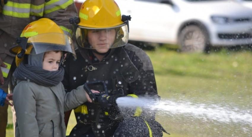 bomberos dia del niño