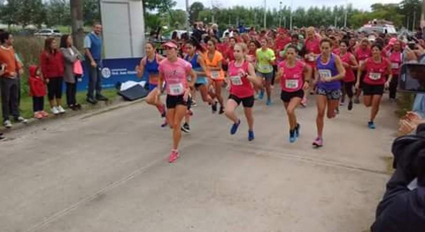 Candela Cerrone de Pinamar se quedó con la primera edición de la Carrera de la Mujer