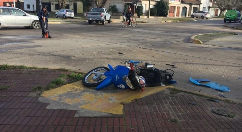 choque moto y colectivo madariaga
