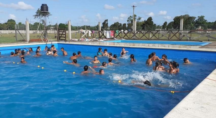 Más de 250 chicos disfrutan a diario de la colonia municipal de verano