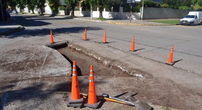 Continúan los trabajos de mantenimiento en distintas calles de la ciud