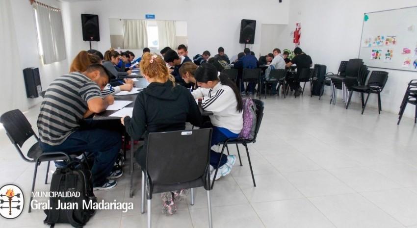 Más de 30 aspirantes a la Policía Local rindieron el examen de ingreso
