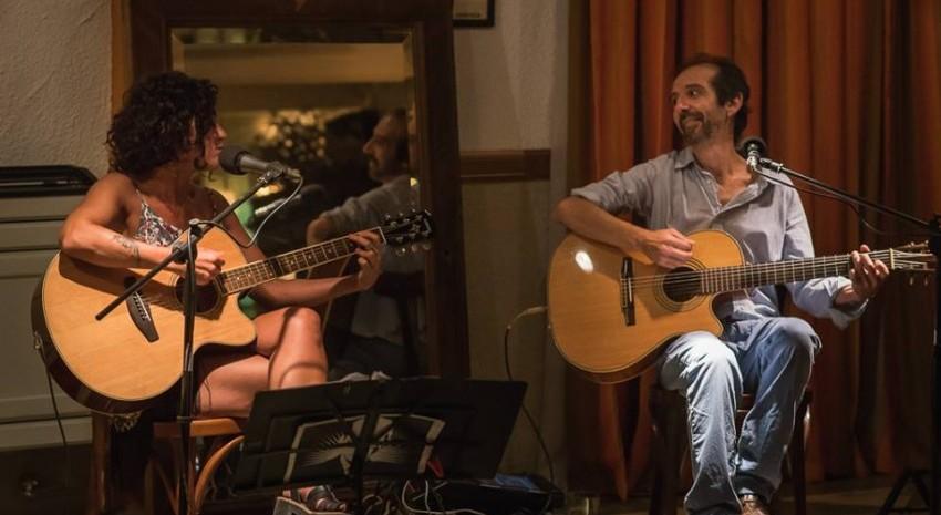 Llega a Madariaga el dúo Julie Álvarez - Roberto Farinola con un show gratuito