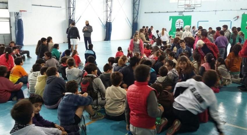 Encuentro mini-atletismo escolar