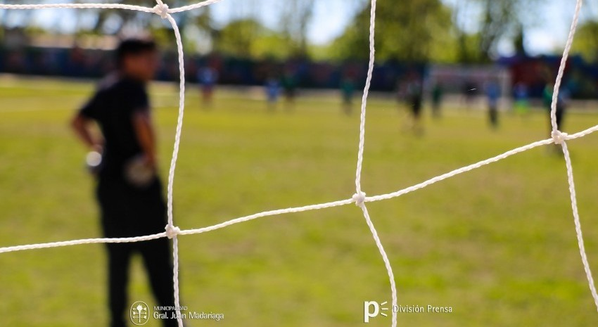 Futbol Infantil en el Polideportivo Madariaga