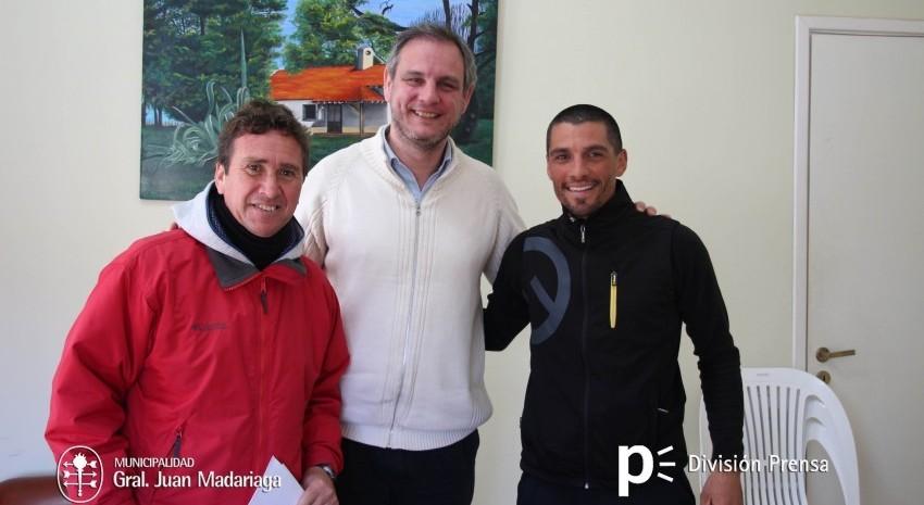 El municipio le otorgó ayuda económica al ciclista Luciano Caraccioli