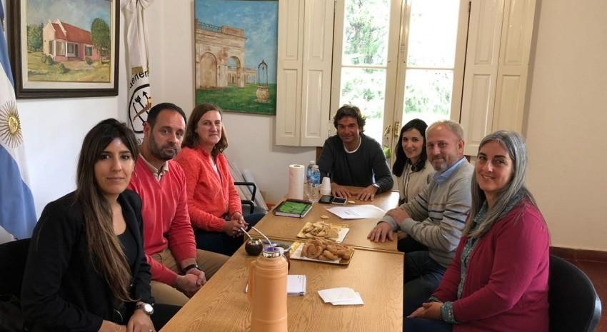 reunion en delegacion