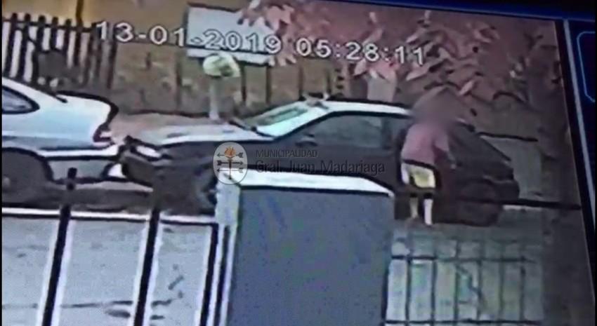 robo de pertenencias de auto
