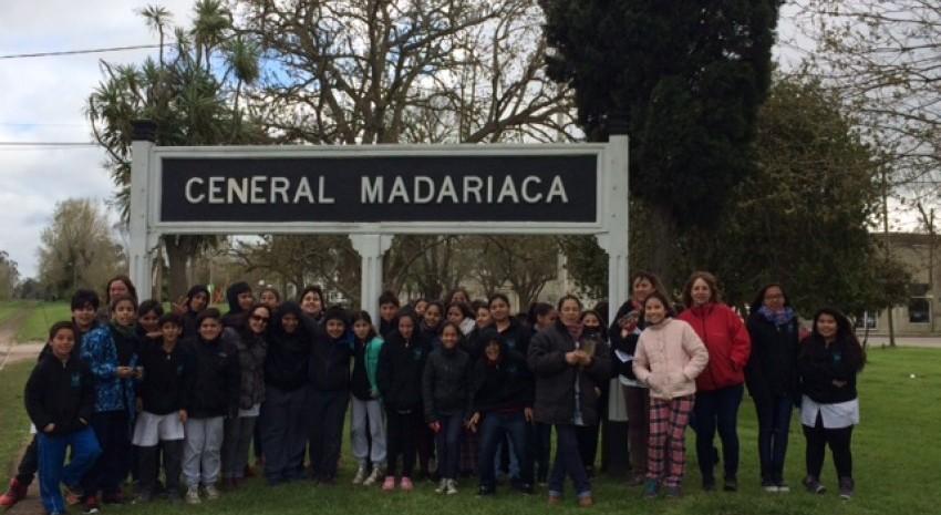 Alumnos de Villa Gesell realizaron una visita guiada por la ciudad