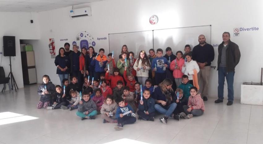 Alumnos del CEC 801 visitaron las instalaciones del Centro Integrador Comunitario
